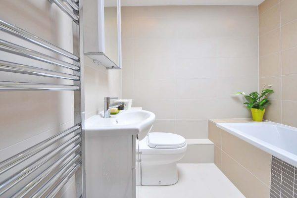 Rénovation de votre salle de bain avec un plombier qualifié